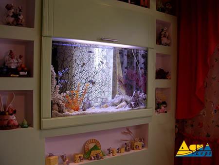 Дизайн комнаты с аквариумы